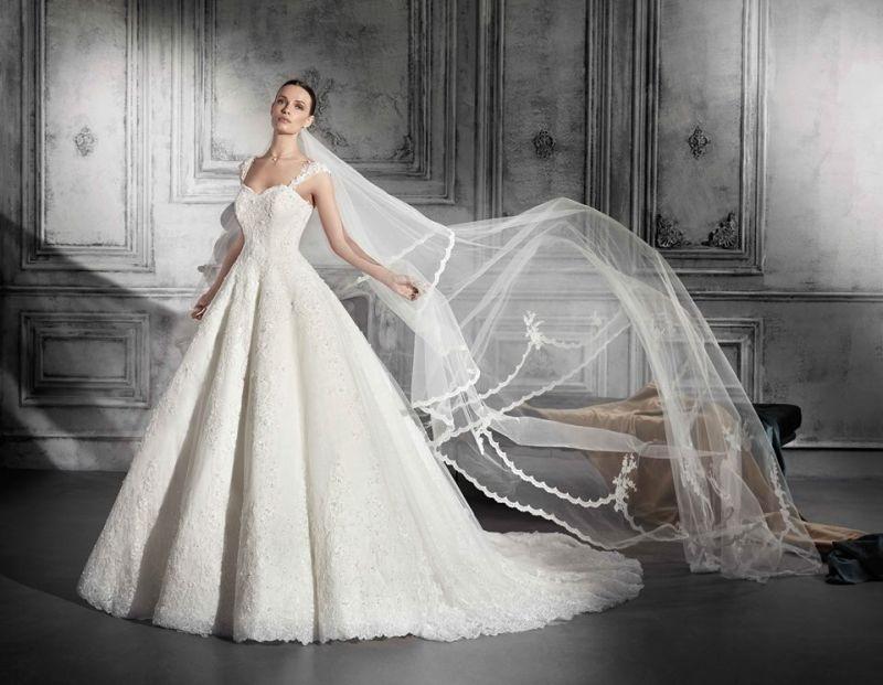 84006fe846 Menyasszonyi ruhák/Esküvői ruhák – Milady Esküvői és Alkalmi Ruhaszalon