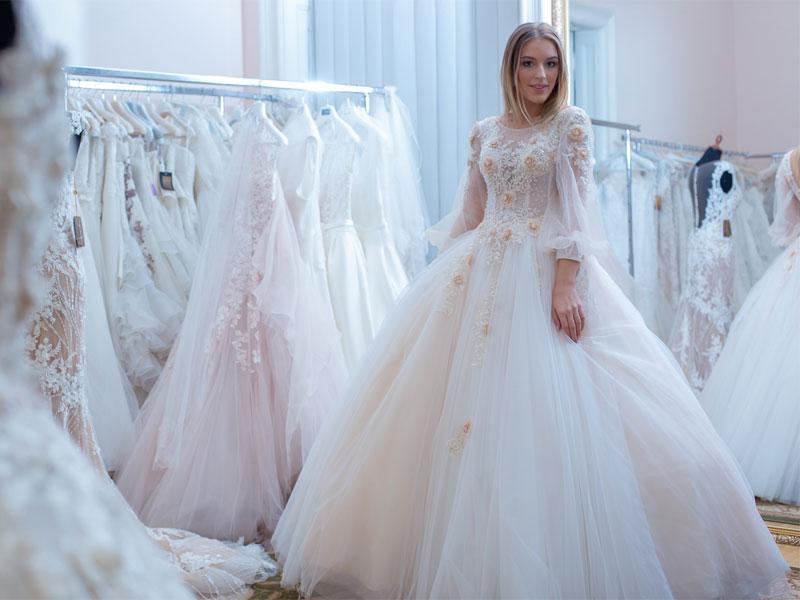 58a0bdcb90 Esküvői, menyasszonyi ruha kölcsönzés – Milady Esküvői és Alkalmi ...